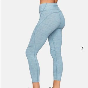 Outdoor Voices Tech Sweat 7/8 leggings in sky blue